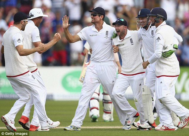 Alastair Cook (centre) celebrates as England won the first Test of the Ashes against Australia by 169 runs
