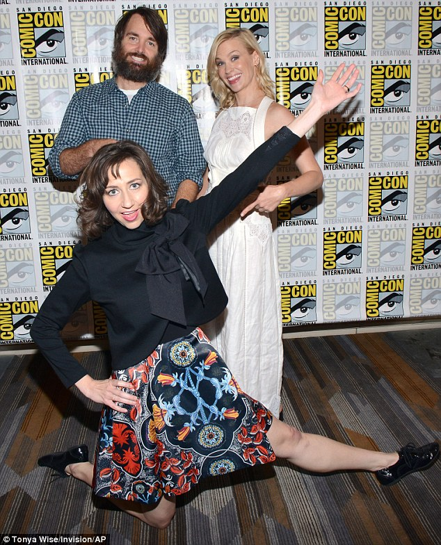 There's an interesting pose: Will and January stepped back as Kristen stole the limelight