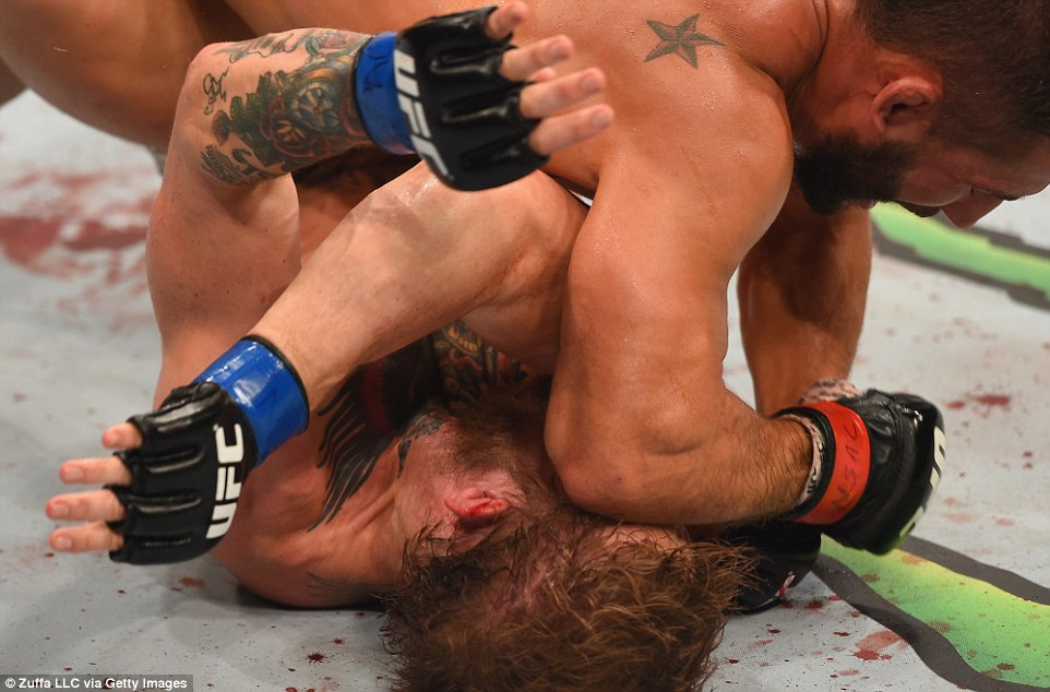 Mendes had been on top during the opening stages, forcing McGregor onto his back on the canvas