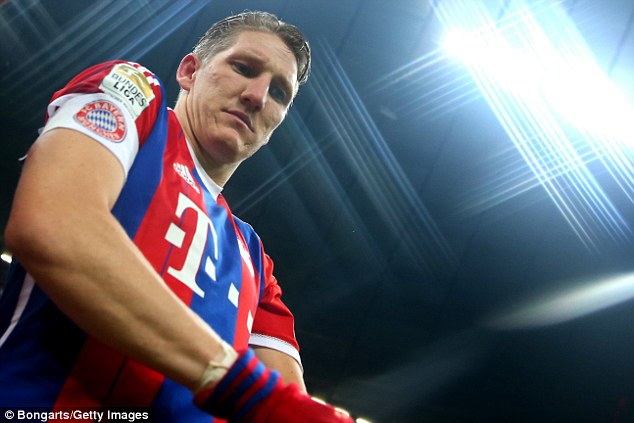 Schweinsteiger was offered a new contract by Bayern but felt the need for a new challenge
