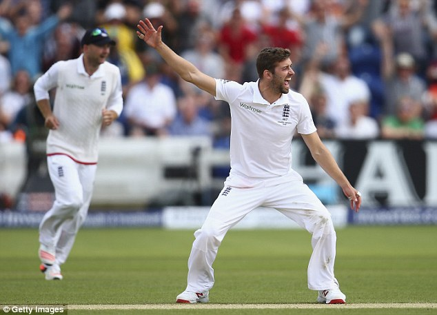 England fast bowler Mark Wood is an AFC Wimbledon fan after believing his father looked likedHans Segers