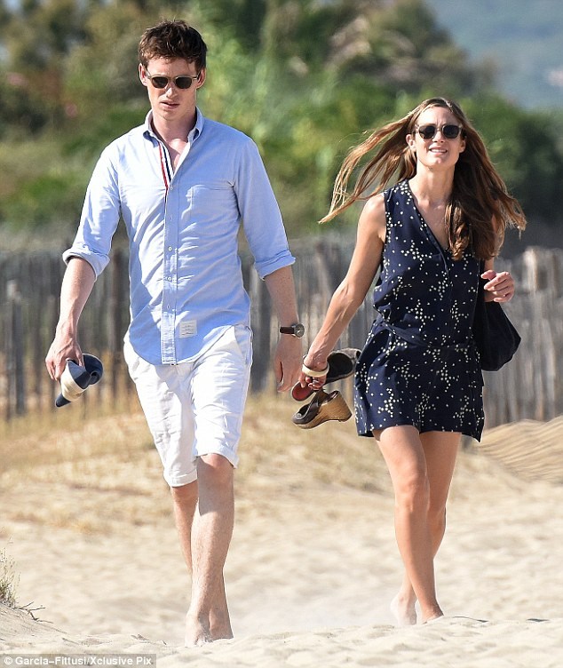 Finally! After their honeymoon was interrupted by awards season, Eddie Redmayne and his wife Hannah Bagshawe finally enjoyed a getaway to St Tropez over the weekend