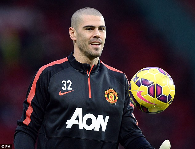 The agent of United goalkeeper Victor Valdes says he is not in talks with Turkish side Antalyaspor
