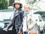 EXCLUSIVE ALL ROUNDER Sam Taylor Johnson and husband Aaron spent monday afternoon house hunting in Notting Hill West London, They visited various estate agents in the up market area. 13 July 2015. Please byline: Vantagenews.co.uk