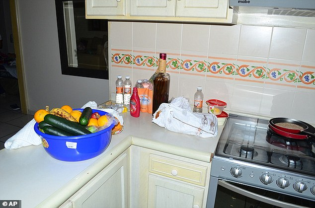A frying pan with a cold pancake was still sitting on the stove. There was also a bowl of fruit and veg in the property