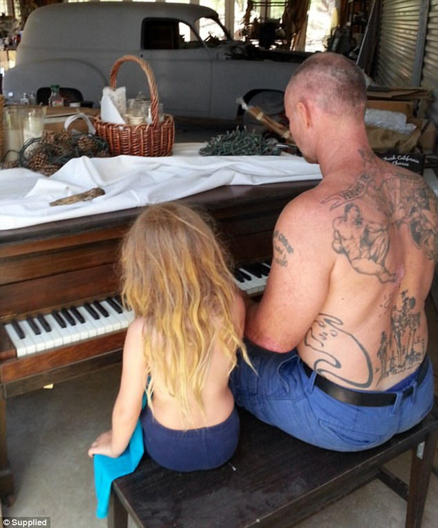 The simple life: BlueBelle learning the piano with her dad from someone else's garage