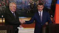Prezident Miloš Zeman a ministr financí Andrej Babiš