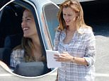 "August 2, 2015: Jennifer Garner looks happy as she films scenes for the movie ""Miracles From Heaven"" in Atlanta, Georgia.\nMandatory Credit: INFphoto.com Ref: infusmi-11/13"