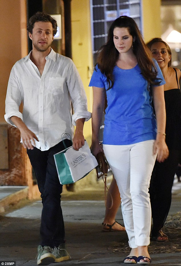 The couple took a romantic stroll after dinner, soaking in the sights