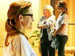 UK CLIENTS MUST CREDIT: AKM-GSI ONLY\nEXCLUSIVE: Atlanta, GA - Jennifer Garner smiles as she leaves La Grotta Restaurant in Atlanta after having dinner with friends.\n\nPictured: Jennifer Garner\nRef: SPL1093630  020815   EXCLUSIVE\nPicture by: AKM-GSI \n\n