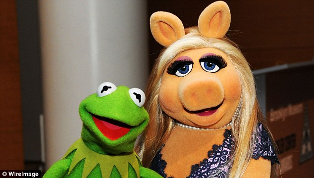 Split: Kermit The Frog and Miss Piggy have officially broken up as announced in a joint statement on Tuesday