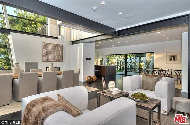 For sale: Andy Roddick and his beautiful wife Brooklyn Decker have just put their Los Angeles, California, home on the market