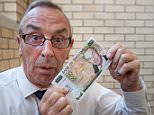 Aug 6th 2015 - Nottingham, UK - ASHES TRENT BRIDGE - David Lloyd with fake £50 PIcture by Ian Hodgson/Daily Mail