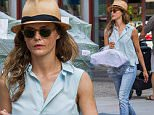 EXCLUSIVE: Keri Russell is seen picking up her clothes from a local Dry Cleaners in Brooklyn, NYC.\n\nPictured: Keri Russell\nRef: SPL1096389  070815   EXCLUSIVE\nPicture by: TMNY / Splash News\n\nSplash News and Pictures\nLos Angeles: 310-821-2666\nNew York: 212-619-2666\nLondon: 870-934-2666\nphotodesk@splashnews.com\n