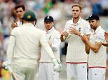 Cricket - England v Australia - Investec Ashes Test Series Fifth Test - Kia Oval - 20/8/15  England's Stuart Broad and teammates applaud as Australia's Michael Clarke comes to the crease in his last test match  Reuters / Philip Brown  Livepic
