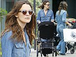 LONDON, ENGLAND - AUGUST 21:   (EXCLUSIVE COVERAGE)(MINIMUM PRINT USAGE FEE £250)(MINIMUM ONLINE/WEB USAGE FEE £200 FOR SET) British Actress Keira Knightley is pictured out shopping with her mum Sharman Macdonald  on August 21, 2015 in London, England.  (Photo by Crowder/Legge/GC Images)