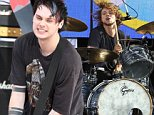 Mandatory Credit: Photo by Bruce Cotler/REX Shutterstock (4988809k)\n 5 Seconds of Summer\n 'Good Morning America' Summer Concert Series, New York, America - 21 Aug 2015\n \n