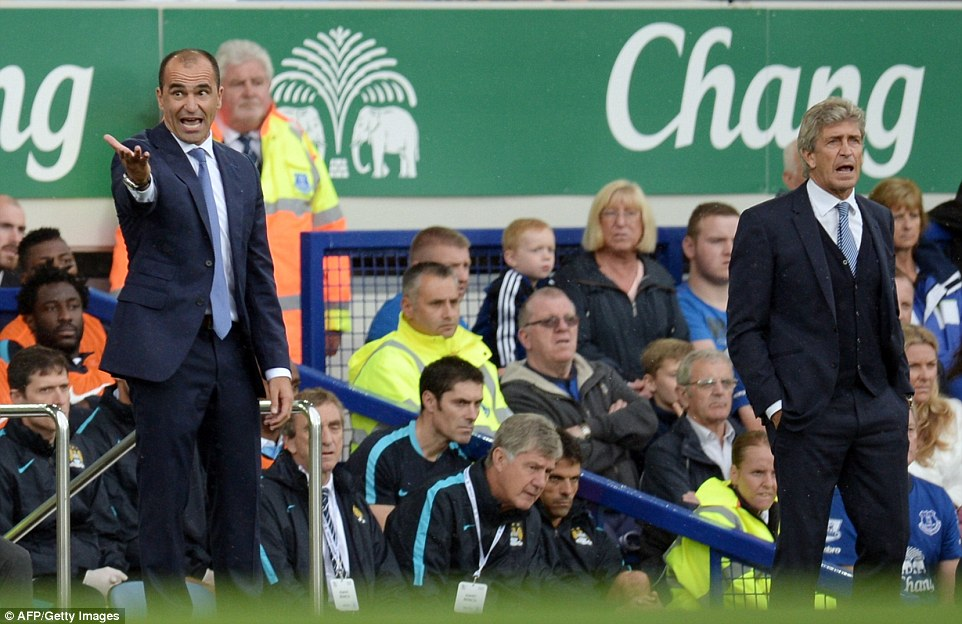 Everton boss Roberto Martinez and Man City manager Manuel Pellegrini both find reason to issue first half instructions on Sunday