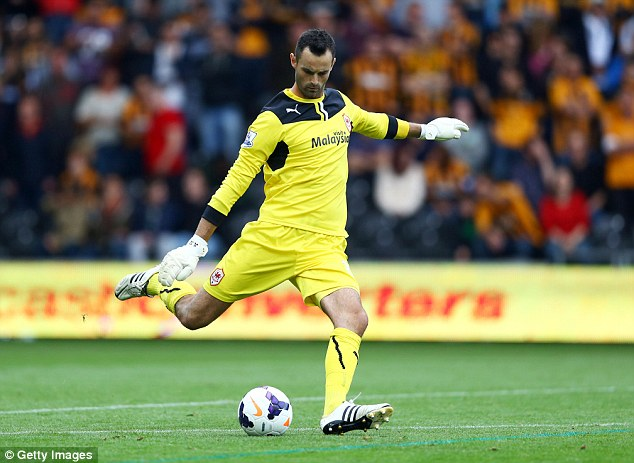 Fulham are close to signing Cardiff goalkeeper Joe Lewis on loan asMarcus Bettinelli's replacement