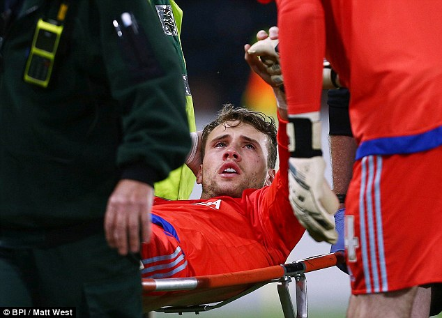 Bettinelli is to go under the knife after suffering knee ligament damage against Hull City recently