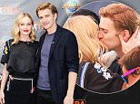 "UNIVERSAL CITY, CA - AUGUST 27:  Kate Bosworth (L) and Hayden Christensen visits ""Extra"" at Universal Studios Hollywood on August 27, 2015 in Universal City, California.  (Photo by Noel Vasquez/Getty Images)"