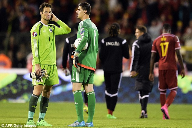 But Begovic (pictured with fellow Blues keeperThibaut Courtois)has fired a sharp warning to the doubters
