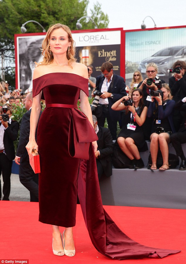 Very chic: Diane substituted a long train with an elegant bow detail that stretched to the floor