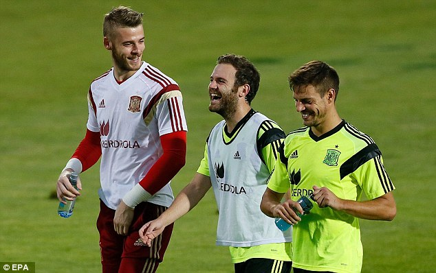 The botched deal between Real Madrid and Manchester United for David de Gea (left) has attracted attention