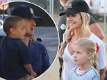 Denise Richards and Owen Wilson meet at Kiwanis Chili Cook Off festival Owen with son Flinn and Denise with daughters Sam and Lola sept 3, 2015 /X17online.com