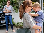 4 Sep 2015 - PACIFIC PALISADES - USA  JENNIFER GARNER WITH SAMUEL AT NAIL SALON IN PACIFIC PALISADES.   BYLINE MUST READ : XPOSUREPHOTOS.COM  ***UK CLIENTS - PICTURES CONTAINING CHILDREN PLEASE PIXELATE FACE PRIOR TO PUBLICATION ***  **UK CLIENTS MUST CALL PRIOR TO TV OR ONLINE USAGE PLEASE TELEPHONE  44 208 344 2007 ***