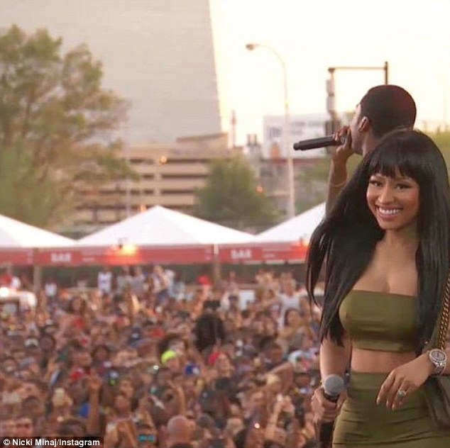 Philly, what's good? Nicki - born Onika - could not stop grinning as she greeted the excited audience at the Benjamin Franklin Parkway's Rocky Stage