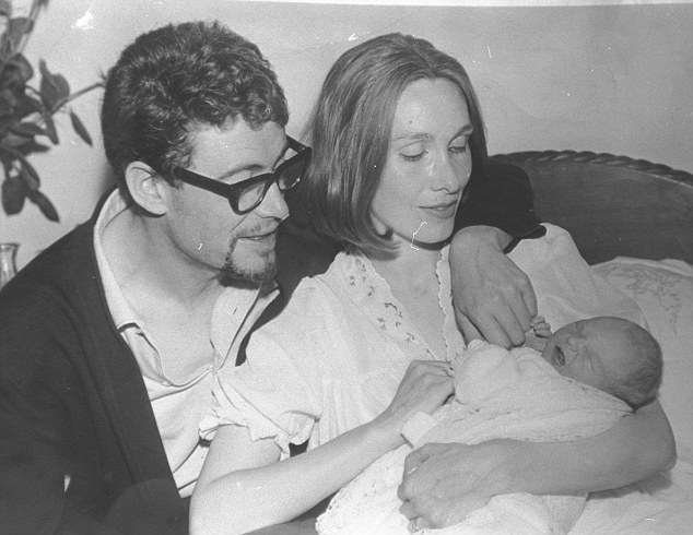 O'Toole, pictured with Sian Phillips three days after the birth of their daughter Pat in 1963