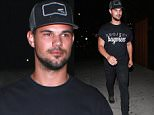 5 Sep 2015 - WEST HOLLYWOOD - USA  TAYLOR LAUTNER ARRIVES TO THE NICE GUY WITH A STONE FACED LOOK.     BYLINE MUST READ : TWIST / XPOSUREPHOTOS.COM  ***UK CLIENTS - PICTURES CONTAINING CHILDREN PLEASE PIXELATE FACE PRIOR TO PUBLICATION ***  **UK CLIENTS MUST CALL PRIOR TO TV OR ONLINE USAGE PLEASE TELEPHONE  44 208 344 2007 ***
