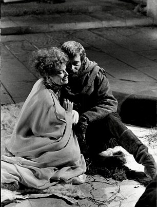O' Toole and Hepburn in Lion in Winter