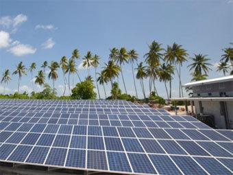 Солнечные батареи на Токелау. Фото пресс-службы правительства Новой Зеландии