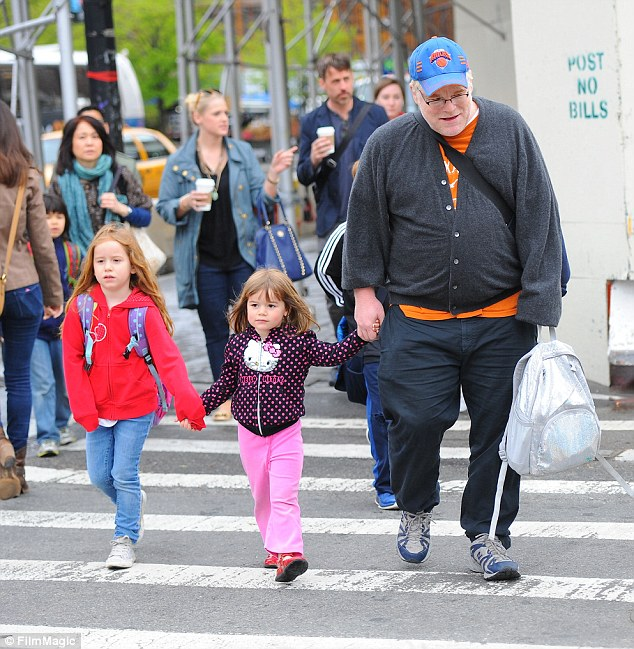 Drug deals: In the diaries, the late actor, pictured with his two daughters Tallulah and Willa, wrote about drug deals, and his struggle to overcome his addiction with Narcotics Anonymous meetings