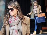 08 SEP 2015  - LONDON  - UK *** EXCLUSIVE ALL ROUND PICTURES *** BRITISH ACTRESS ELIZABETH HURLEY SPOTTED SHOPPING AT THE RALPH LAUREN SHOP ON FULHAM ROAD! BYLINE MUST READ : XPOSUREPHOTOS.COM ***UK CLIENTS - PICTURES CONTAINING CHILDREN PLEASE PIXELATE FACE PRIOR TO PUBLICATION *** **UK CLIENTS MUST CALL PRIOR TO TV OR ONLINE USAGE PLEASE TELEPHONE  442083442007