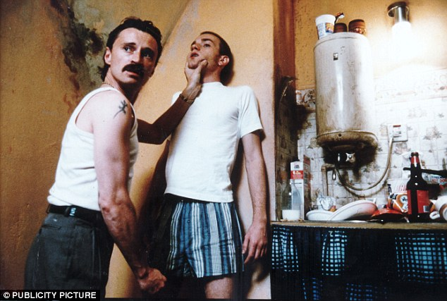 Robert Carlyle's Begbie is sociopathic but still loyal to his friends despite attacking Ewan McGregor's Renton