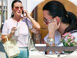 Beverly Hills, CA - Kyle Richards eats soup for lunch alone outside in the sweltering 100 degree temperatures at Il Pastio Restaurant in Beverly Hills\nAKM-GSI    September 9, 2015\nTo License These Photos, Please Contact :\nSteve Ginsburg\n(310) 505-8447\n(323) 423-9397\nsteve@akmgsi.com\nsales@akmgsi.com\nor\nMaria Buda\n(917) 242-1505\nmbuda@akmgsi.com\nginsburgspalyinc@gmail.com