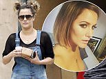 08.SEPT.2015 - LONDON - UK **EXCLUSIVE ALL ROUND PICTURES**  X FACTOR HOST CAROLINE FLACK PICTURED LOOKING DISHEVELED WHILE OUT PICKING UP A COFFEE IN NORTH LONDON. BYLINE MUST READ : XPOSUREPHOTOS.COM ***UK CLIENTS - PICTURES CONTAINING CHILDREN PLEASE PIXELATE FACE PRIOR TO PUBLICATION*** UK CLIENTS MUST CALL PRIOR TO TV OR ONLINE USAGE PLEASE TELEPHONE 0208 344 2007 *** Local Caption ***