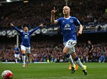 LIVERPOOL, ENGLAND - SEPTEMBER 12:  Steven Naismith of Everton celebrates scoring the opening goal during the Barclays Premier League match between Everton and Chelsea at Goodison Park on September 12, 2015 in Liverpool, United Kingdom.  (Photo by Alex Livesey/Getty Images)