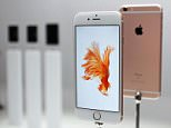 Apple Inc. unveils iPhone 6s (front) and iPhone 6s Plus models at a media event in San Francisco on Sept. 9, 2015. The U.S. consumer electronics and online services giant will start taking pre-orders for the latest models of its popular smartphone Sept. 12 and launch sales Sept. 25 in countries including Japan and the United States. (Kyodo) ==Kyodo
