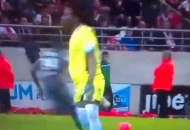 Step 1: Ntep steals the ball from a well out of position Reims goalkeeper