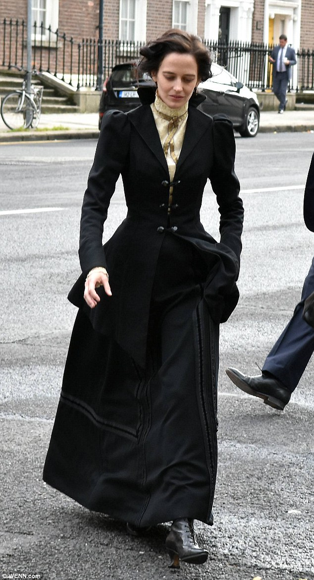 Gothic girl: The 35-year-old actress, who plays heroine Vanessa Ives in the series, donned a floor-sweeping black skirt, fitted black jacket and white shirt