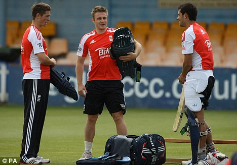 Meeting of minds: England hope to build on their Test series win
