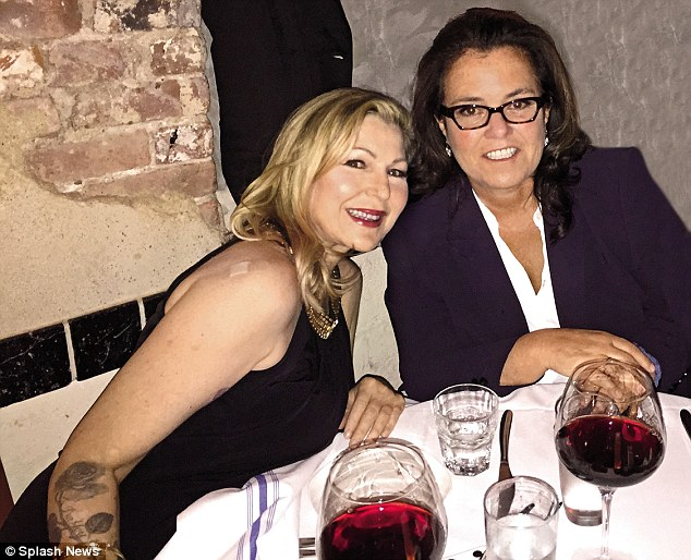Both recovering from minor surgery, Tatum and Rosie are enjoying much-needed R&R at Rosie's new waterfront home in West Palm Beach, Florida. They were together at Rosie's Nyack home in August and dined at Da Silvano restaurant in Manhattan