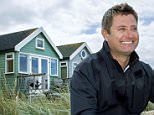 George Clarke- George Clarke's Amazing Spaces- Beach Hut in Mudeford, Dorset \n