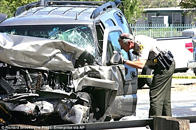 California deputies say they tried to stop a burglary suspect in LA yesterday afternoon, but he fled before leading them on a 100mph car chase, eventually driving the wrong way up a freeway