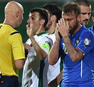 Italy 1-0 Bulgaria: Daniele De Rossi turns from hero to villain as both sides finish with