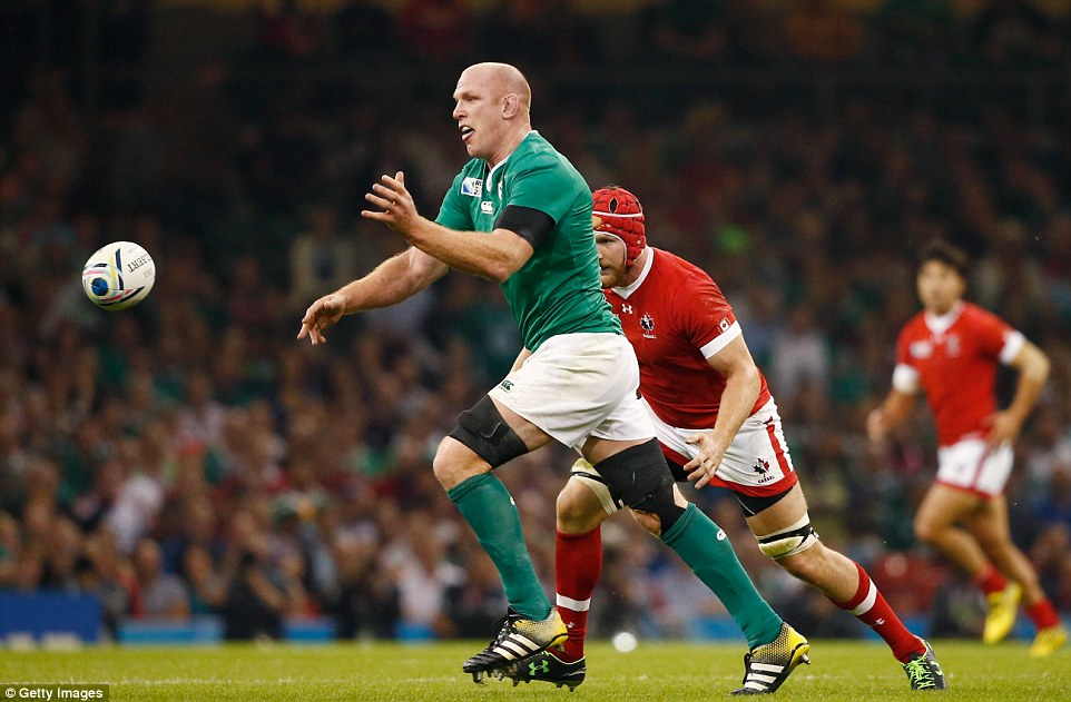 Paul O'Connell releases the ball as Ireland prepare to put more pressure on Canada during their World Cup opener
